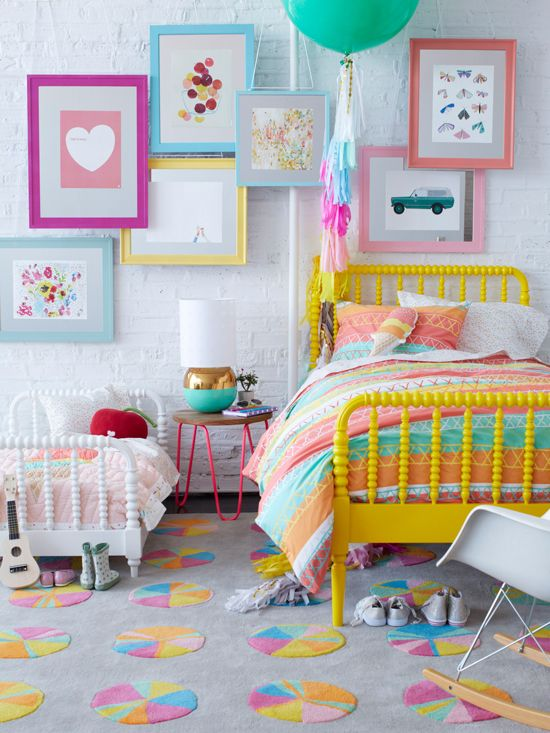 Kleurrijke tapijt voor de kinderkamer