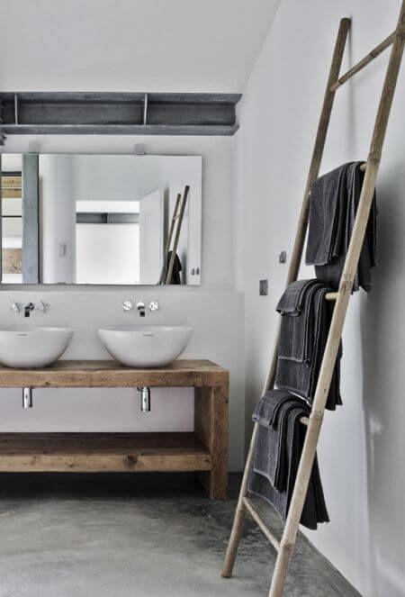 ladder-handdoekenrek-badkamer