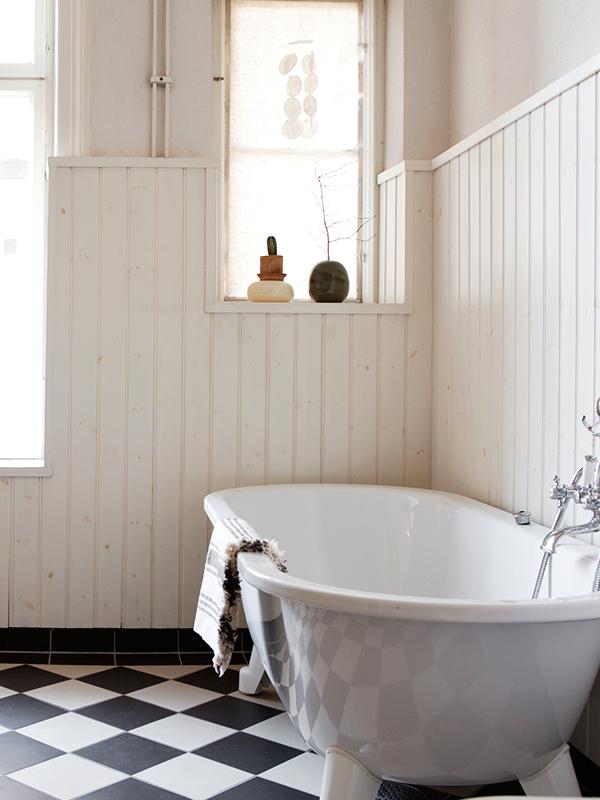 landelijke badkamers voorbeelden bad op pootjes