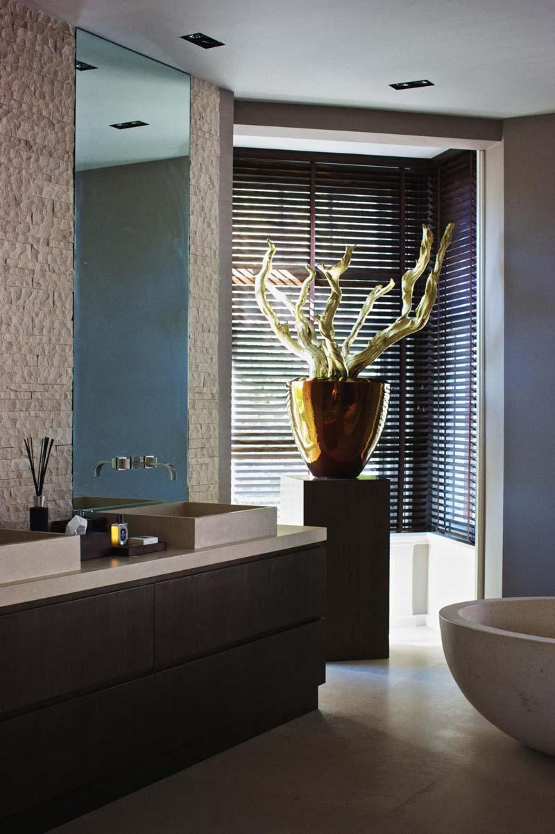 luxe badkamer amsterdam jaloezien badkamer