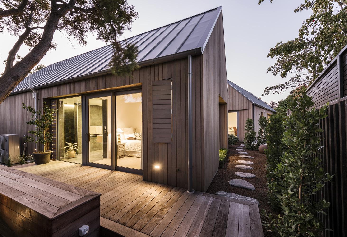 Luxe minimalistische patio tuin