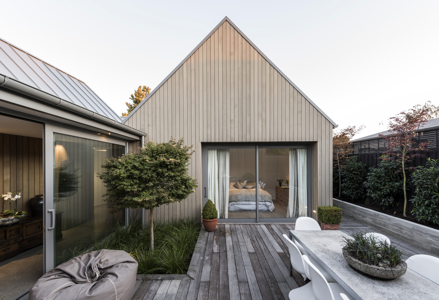 Luxe minimalistische patio tuin huis inrichten.com