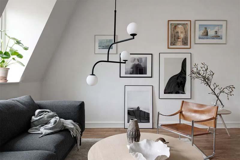 luxe woonkamer zwarte hanglamp