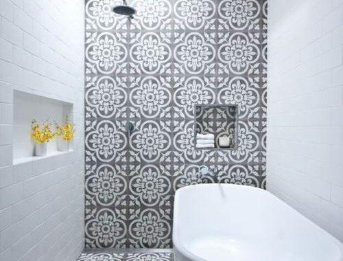 Marokkaanse tegels in badkamer