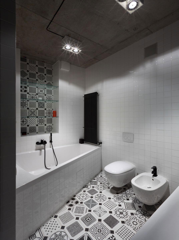 Zwart Wit Tegels.Moderne Zwart Wit Badkamer Met Een Mooie Tegel Mix Huis Inrichten Com