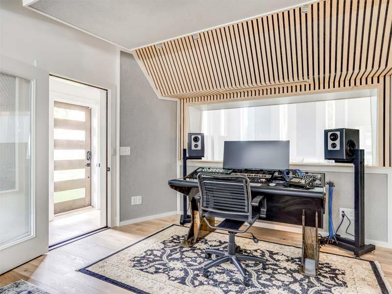 mooie muziekstudio thuis apparatuur