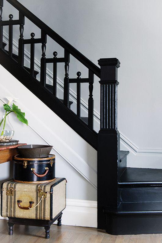 mooie zwarte trapleuning
