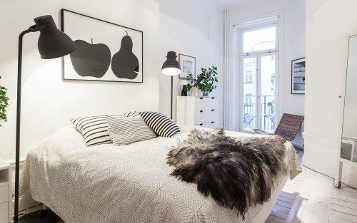 Normale Scandinavische penthouse slaakamer
