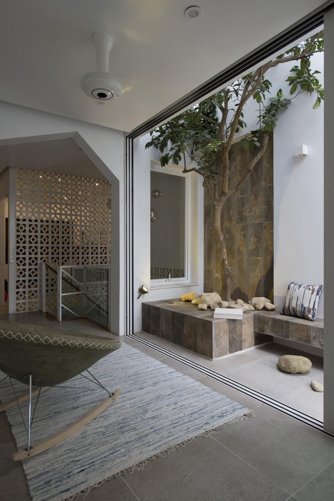 patio-balkon-inrichten-als-klein-tuintje-2