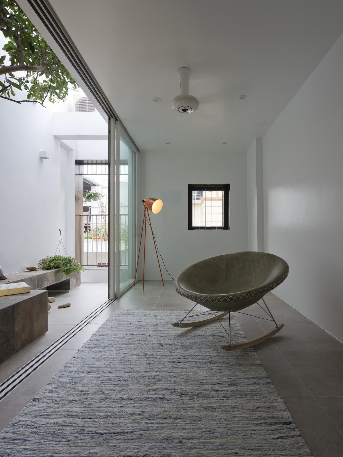 patio-balkon-inrichten-als-klein-tuintje-3