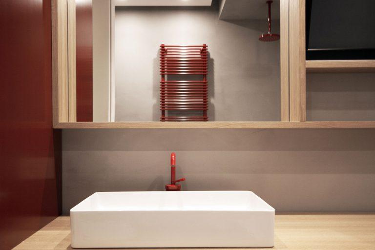 rode-kraan-badkamer
