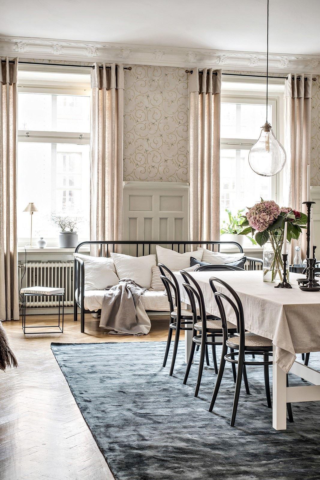 Schitterende klassieke vintage eetkamer