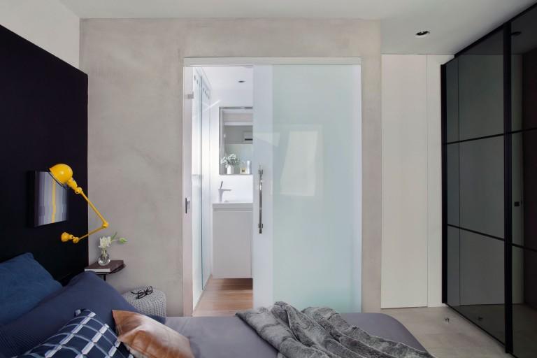 slaapkamer-glazen-schuifdeur-badkamer