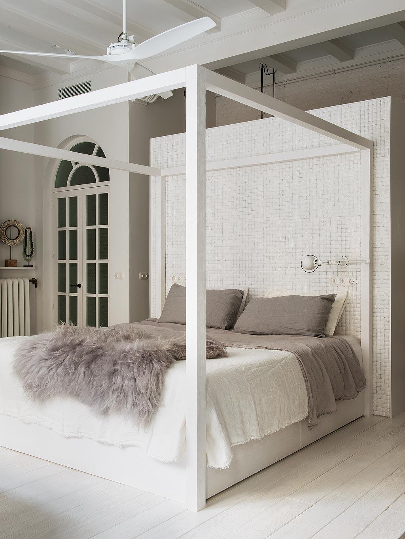 slaapkamer hemelbed wit