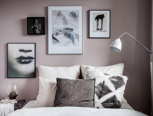 Slaapkamer met mooie zachte roze muren