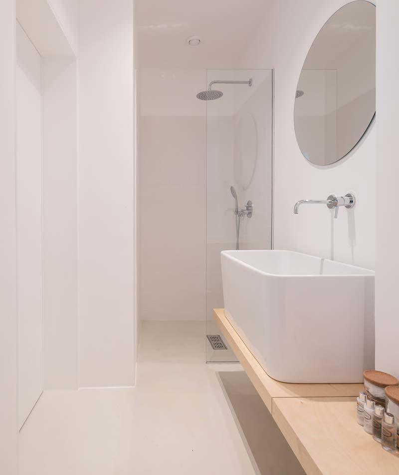 smalle badkamer inloopdouche