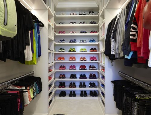 De sport kledingkast van Khloé Kardashian