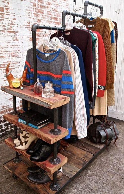 Steigerbuizen kledingrek