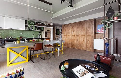 Stijlvolle woonkamer in Taiwan met open karakter