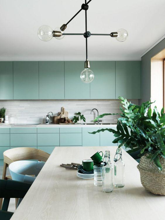 strakke-moderne-groene-keuken