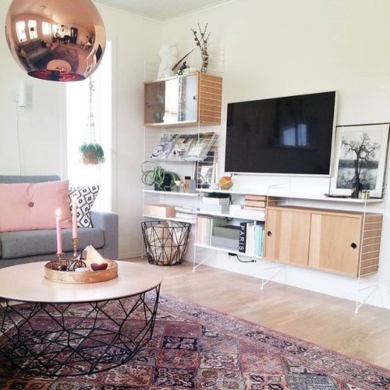 Stringkast TV meubel