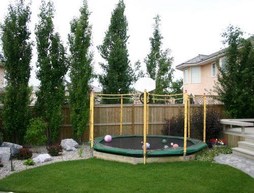 trampoline inground tuin