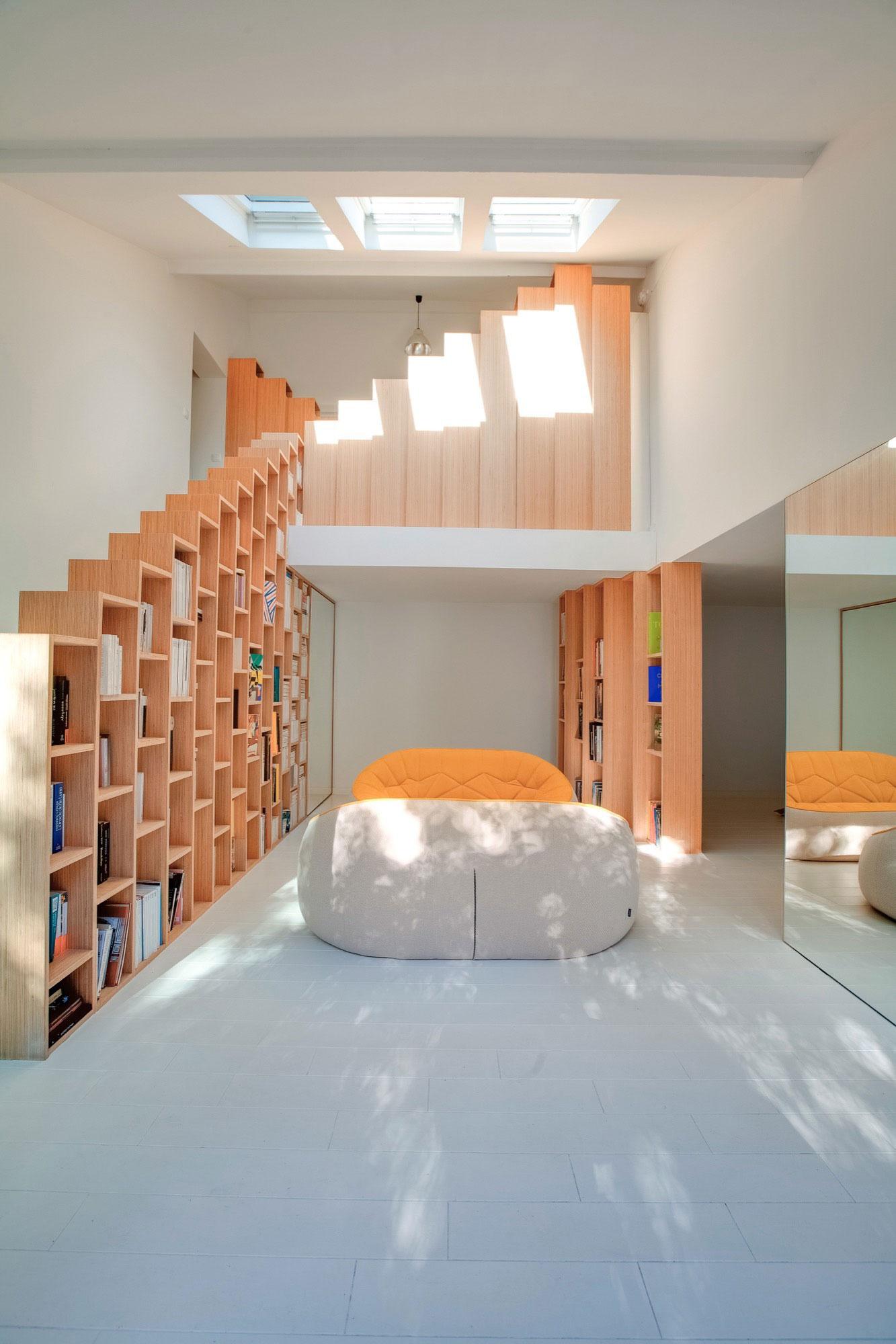 trapkast-boekenkast-woonkamer