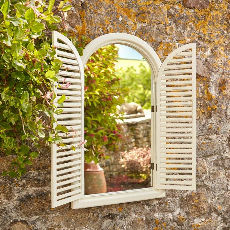 tuinspiegel met deurtjes