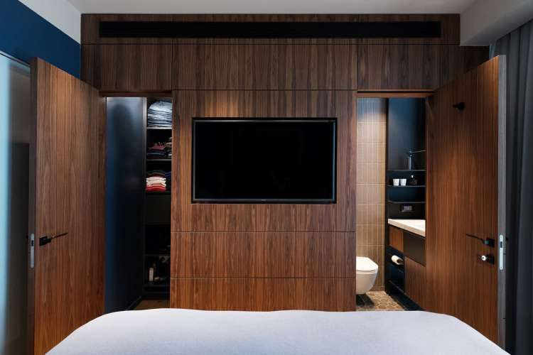tv aan muur slaapkamer