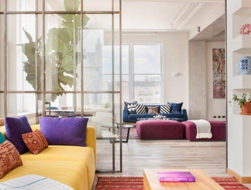 Twee woonkamers in één appartement