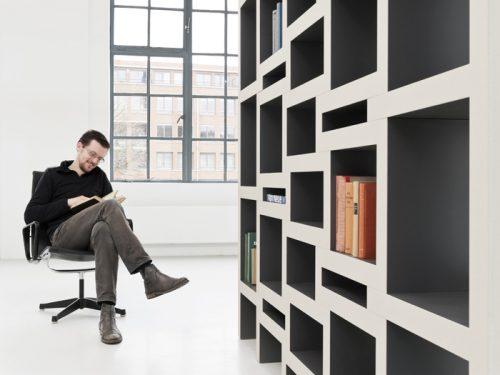 Uitrekbare boekenkast