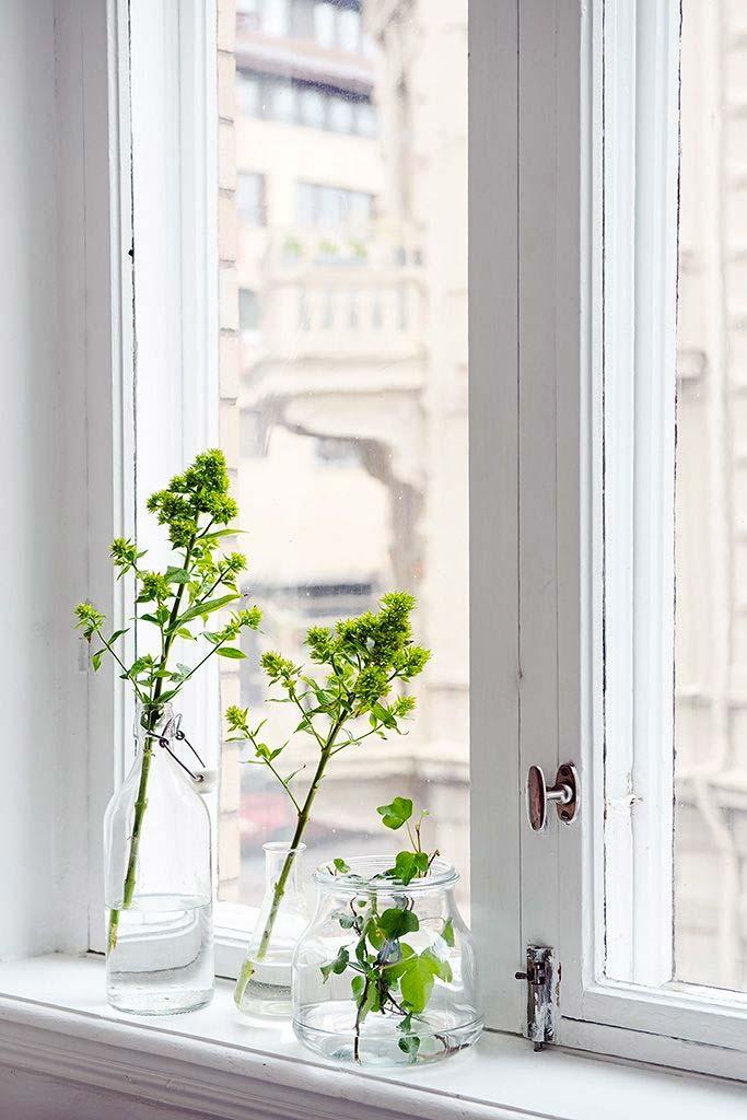 vensterbank decoratie vazen