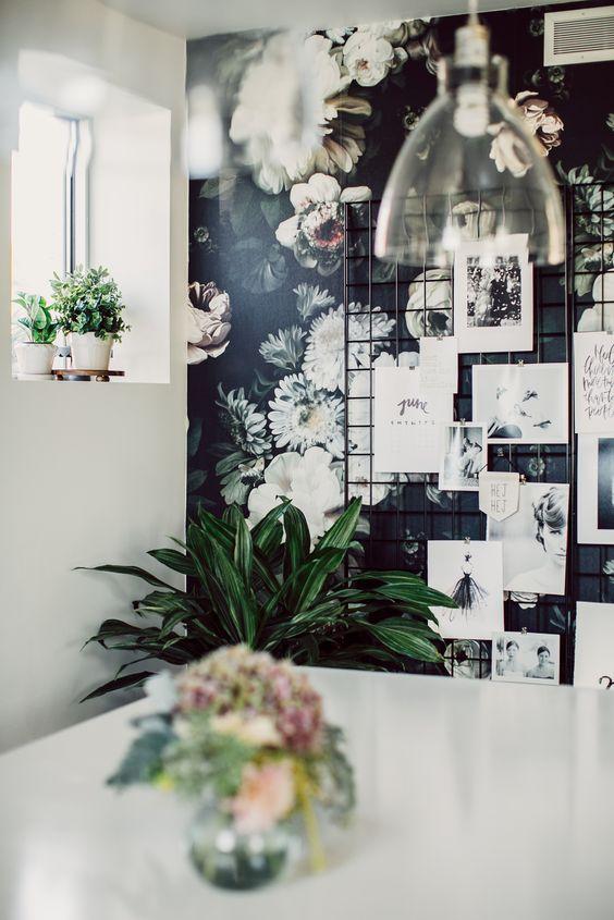 Vintage bloemetjesbehang