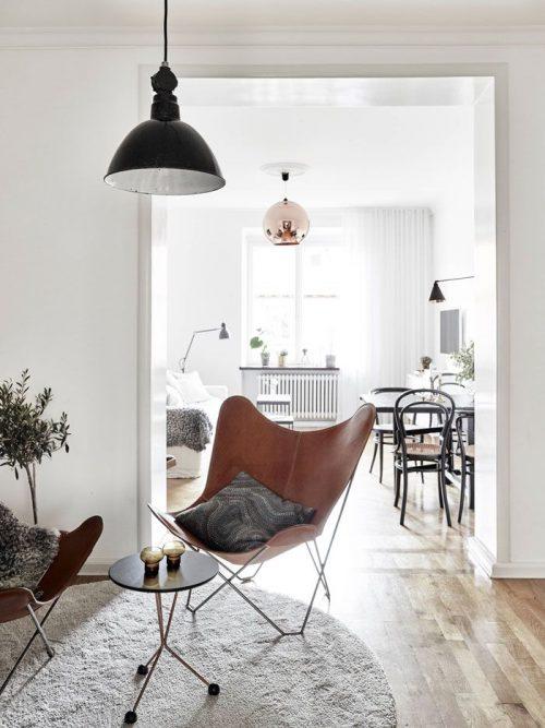 Vlinderstoel in woonkamer