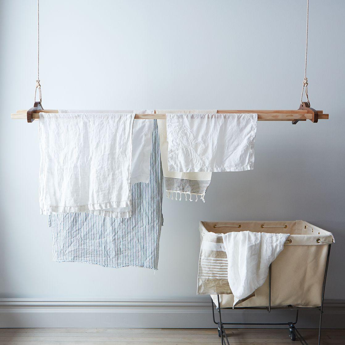 wasrek-aan-palfond-hangen-touw