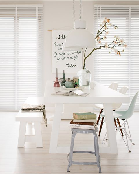 Witte eettafel