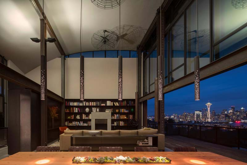 woning hoog gewelfd plafond