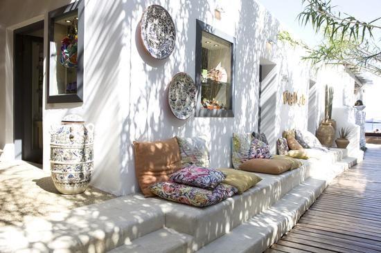 Zo cre er je een ibiza tuin huis for Inrichting huis ontwerpen