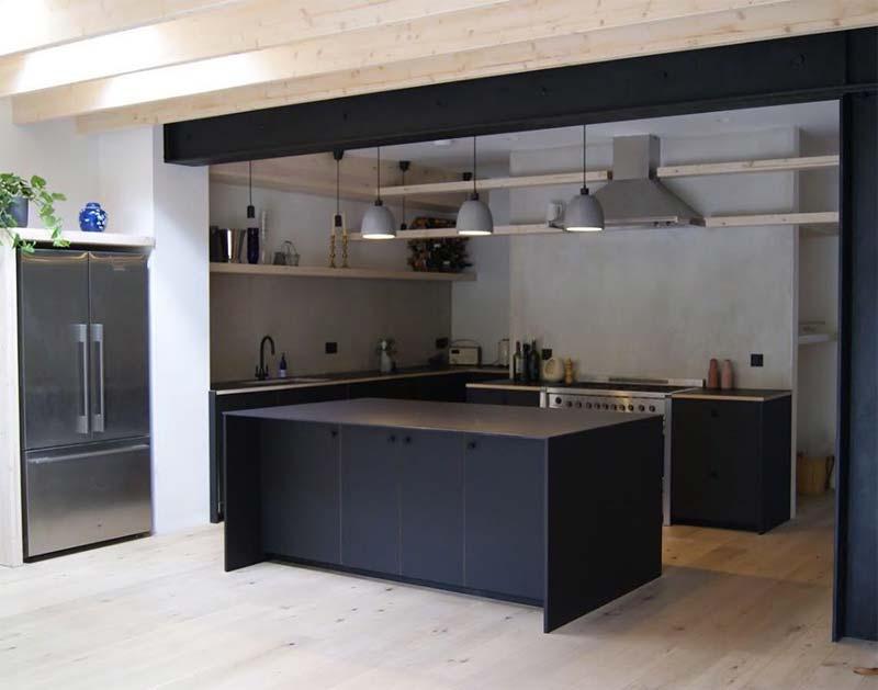 zwarte ikea keuken hack groot eiland