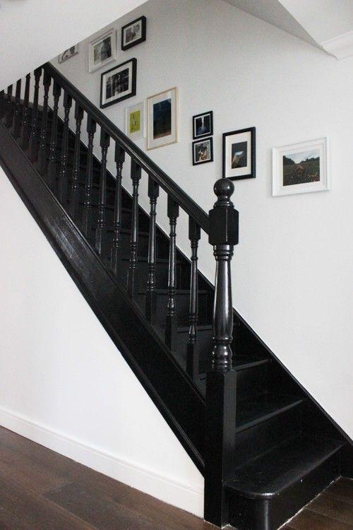 zwarte klassieke trapleuning