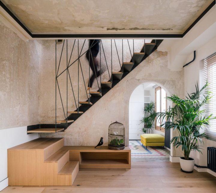 zwevende stalen trap houten traptreden